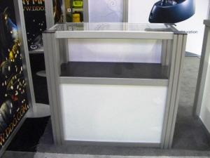 RE-502 Rental Display / Display Case -- Image 1